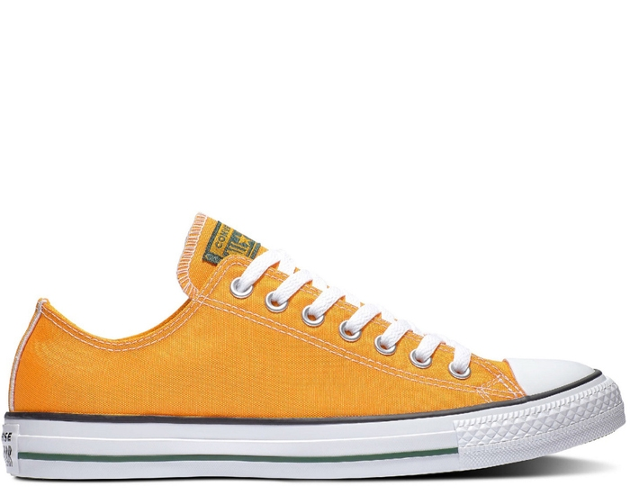 Chuck Taylor All Star Embroidered Low Top - Unisex